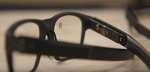 Vaunt smart glasses
