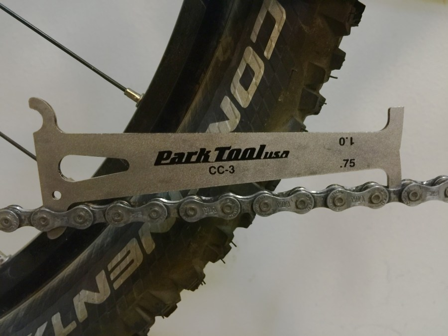 Park CC-3 chain tool in action