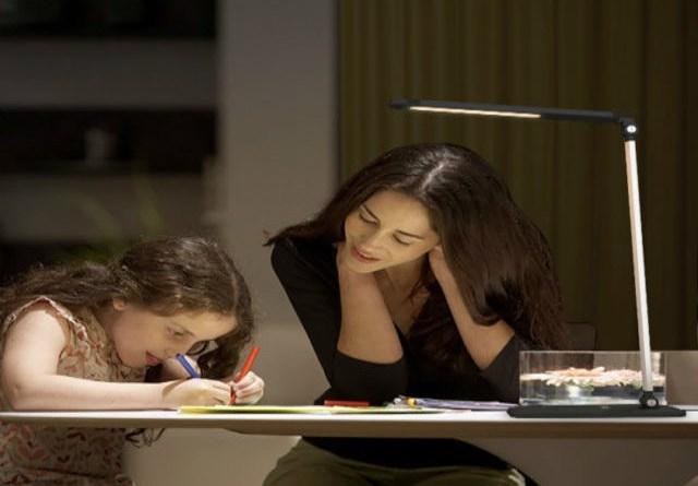 TechnoBlitz.it Recensione Aukey lampada da scrivania a LED da 8W