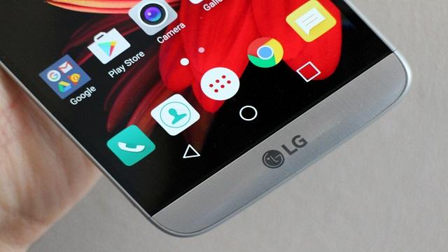 TechnoBlitz.it LG G6: nuove foto leak lo rivelano completamente