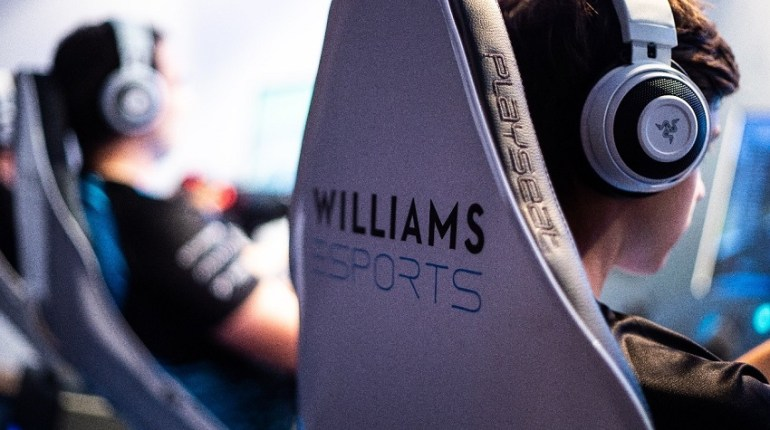 RAZER E WILLIAMS ESPORTS
