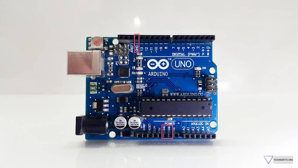 Overview of the arduino uno hardware