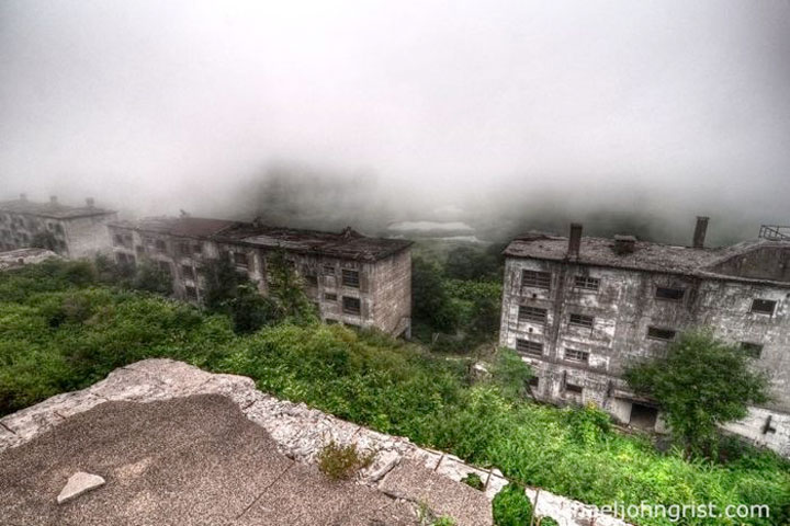 Ghostly mining town of Matsuo in Japan -The 10 Most Scary Places On The Earth-17