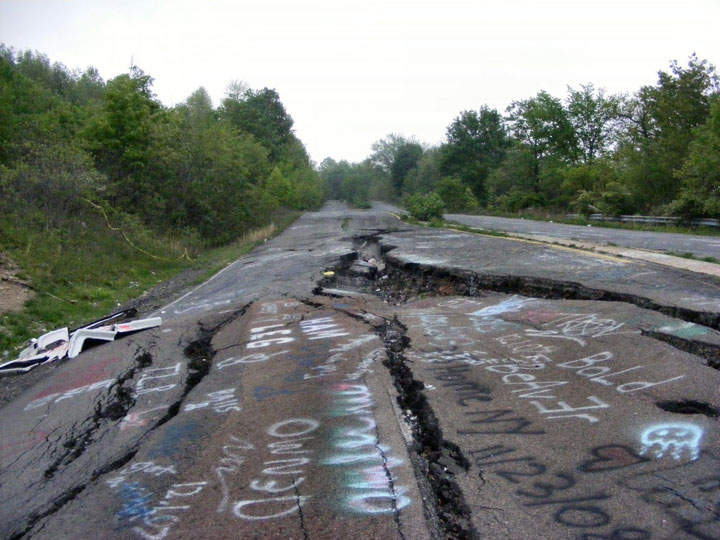 The real Silent Hill in United States-The 10 Most Scary Places On The Earth-20