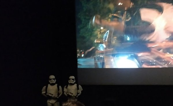 Le cinéma repousse les limites technologiques avec les technologies IMAX ou 4DX