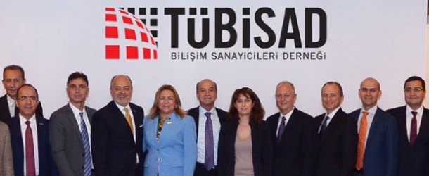 Türk bilişim sanayii ilk kez bir kadına emanet