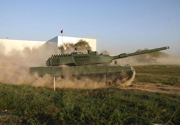 altay-tank-2016