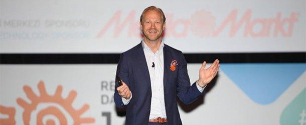 MediaMarkt girişimciliğin yıldızı Kjellberg'i ağırladı