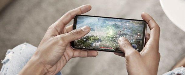 Dev kapasiteli Samsung Galaxy S9+ Türkiye'de