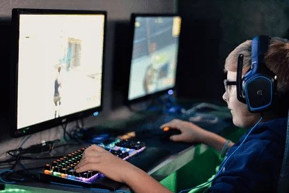 How to Become a Professional Fortnite Player