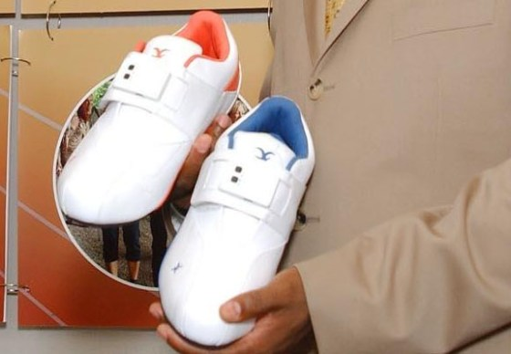 Social Networking Shoe