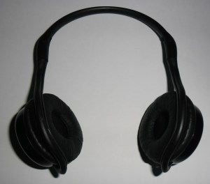 SoundWear SD10 Bluetooth Headphones