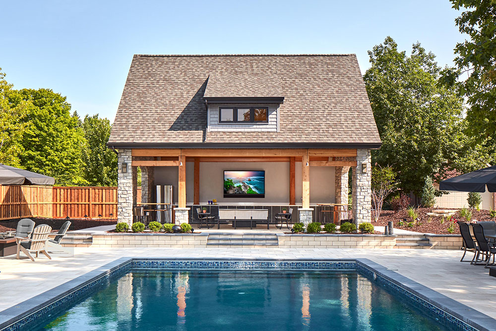 premium outdoor tv viewing with seura