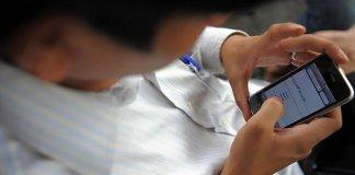 smartphone-revisan-150-veces-dia