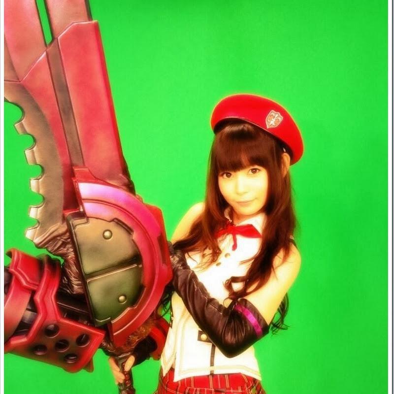 Nakagawa Shouko (Shokotan) – cosplay de God Eater Alisa Amiella