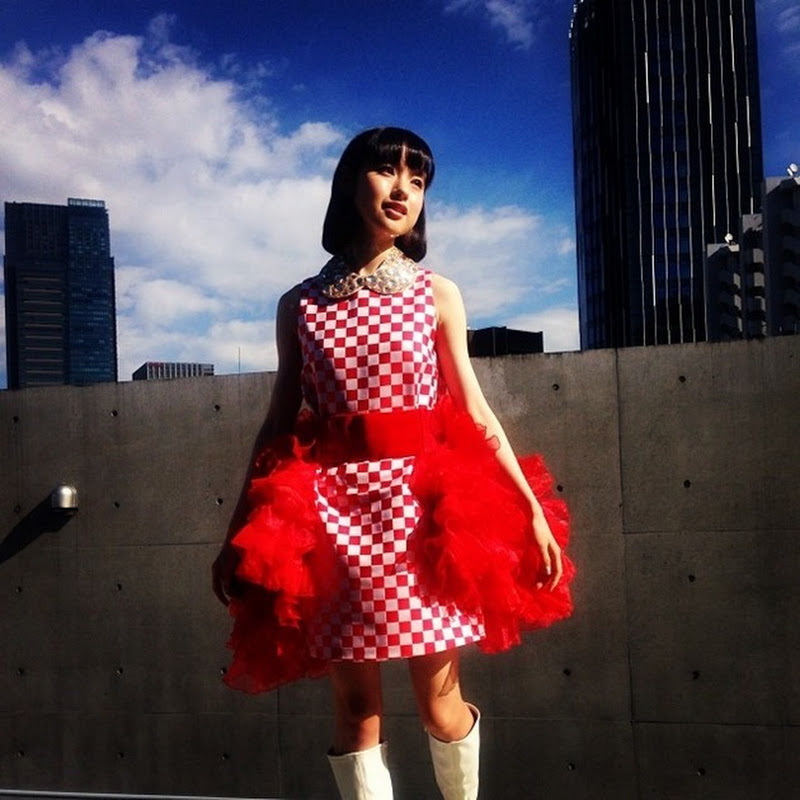 Muto Ayami en la GiRLPOP 2014WINTER magazine