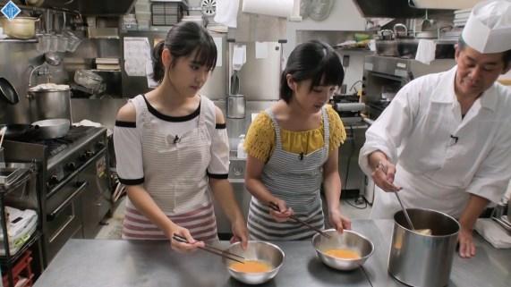 Ozeki Mai, Funaki Musubu - Hello! Station - 03