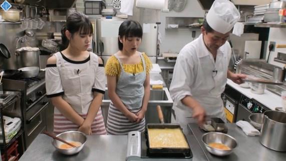 Ozeki Mai, Funaki Musubu - Hello! Station - 04