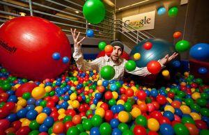 Top 12 Perks of Working at Google [Best Employee Perks]