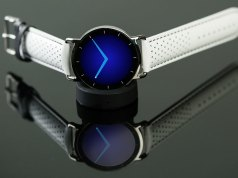 Meet the Haikara Designer Smartwatch for Fashion Lovers