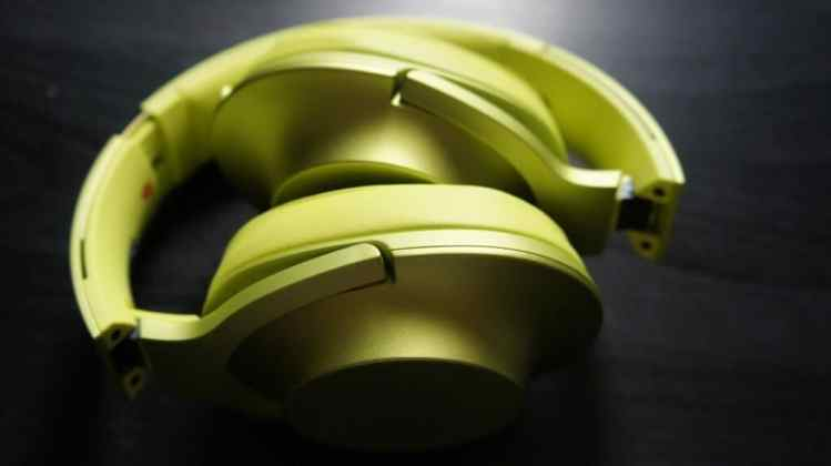 DSC02987 - Sony h.ear On Headset and NW-A25 Walkman Review