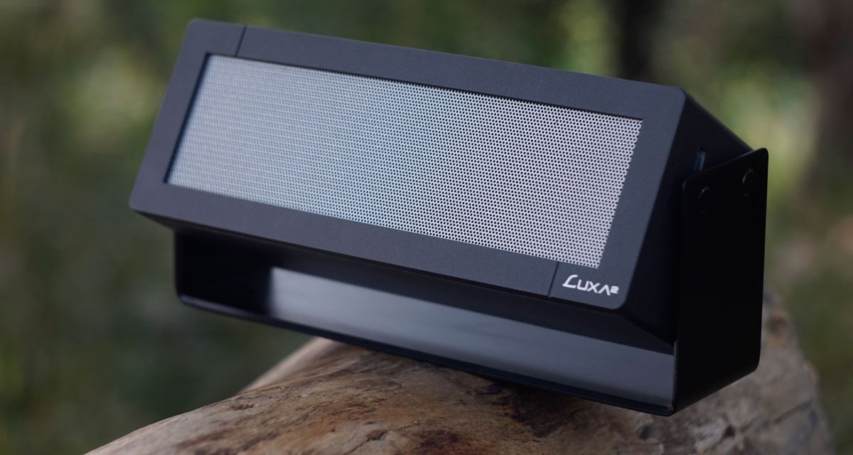 LUXA2 GroovyA Wireless Stereo Speaker Review