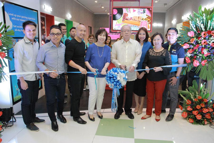 Globe Telecom Opens Gen3 Stores for Premium Dealership