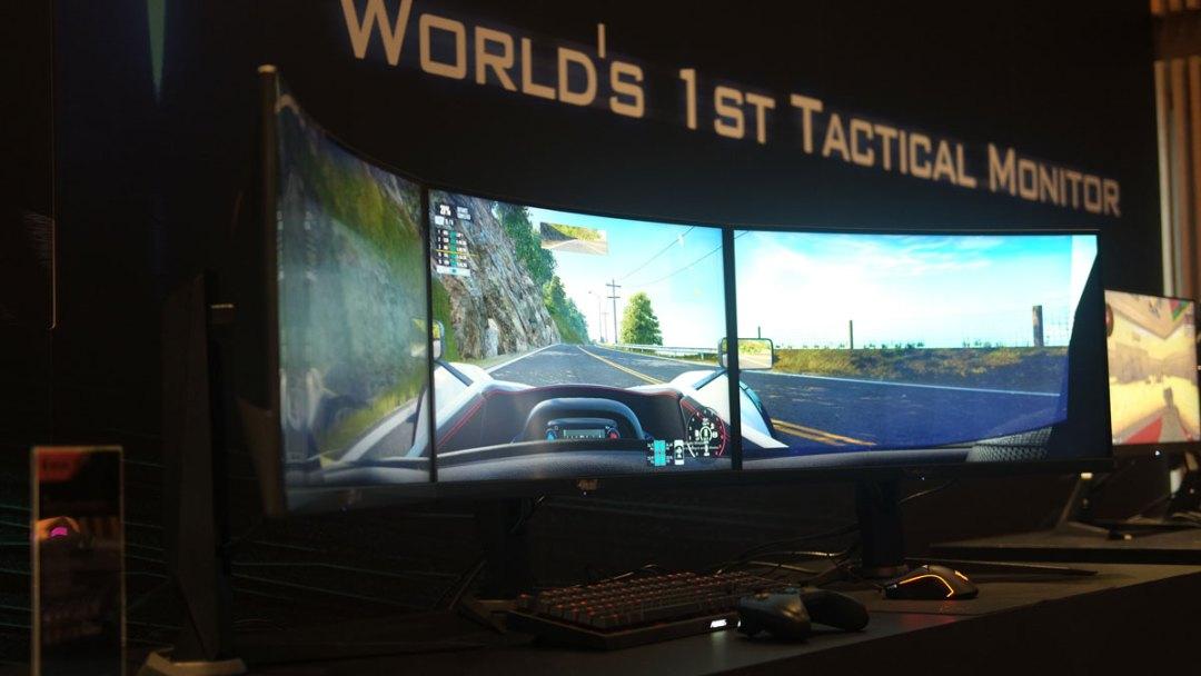 AORUS CV27F Tactical Monitor Computex (1)