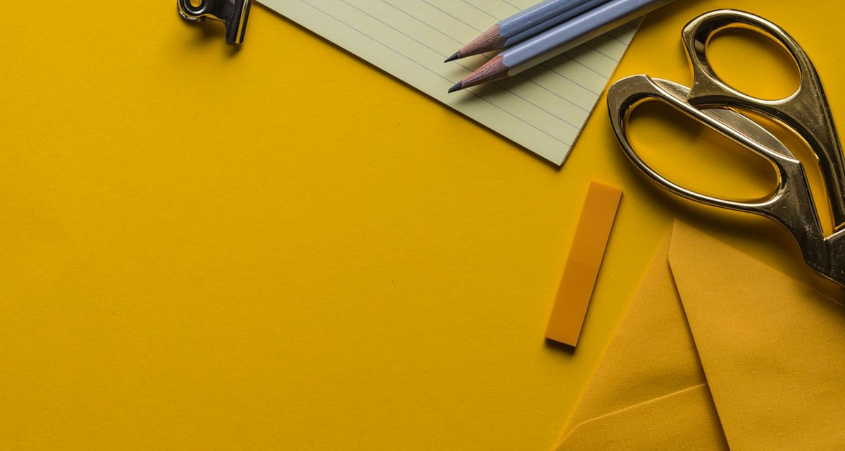 5 Useful Items to Include in Your New Hire Welcome Kit