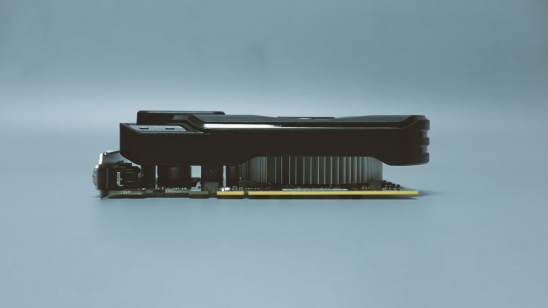 Palit GTX 1650 StormX (2)