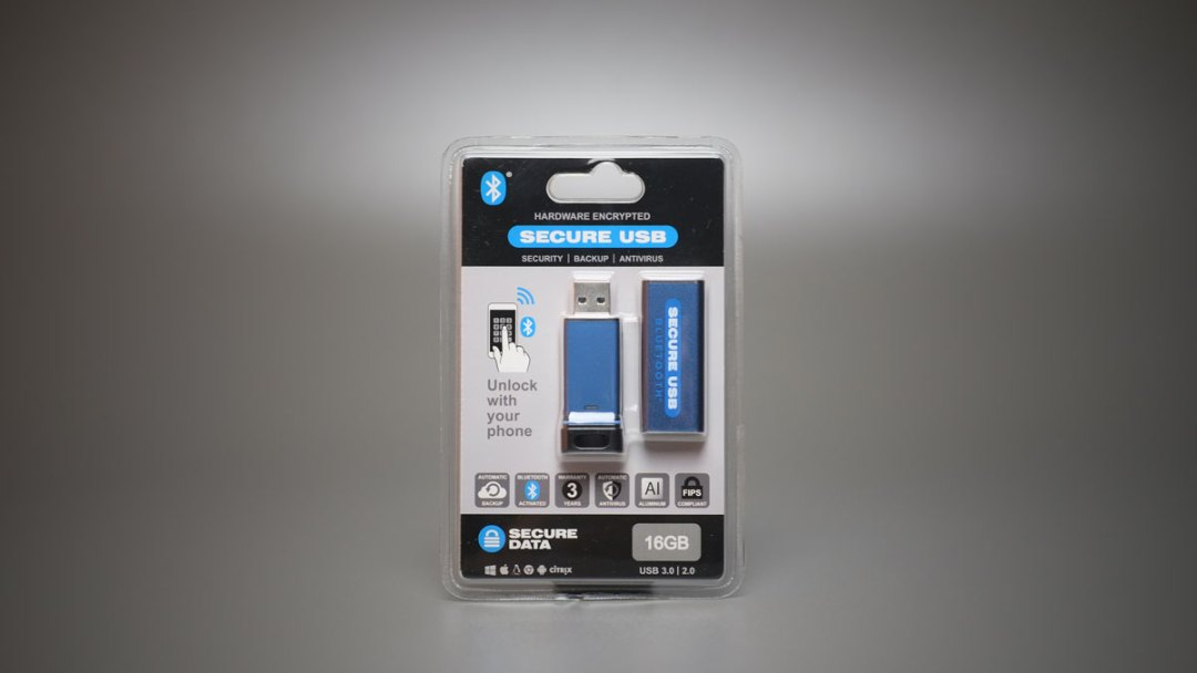 SecureDrive SecureUSB BT (1)