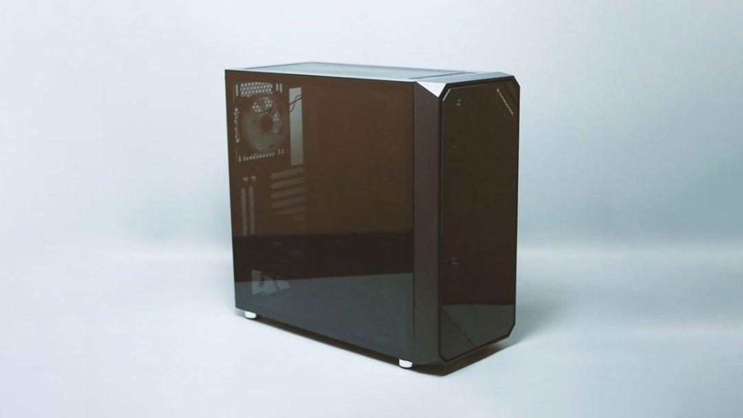 Xigmatek Zest Tempered Glass RGB Case (1)