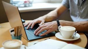 Advantages and Disadvantages of A Blog