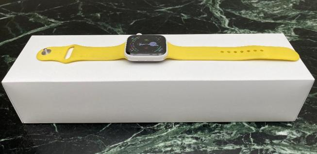 Apple Watch Edition in white ceramic finish