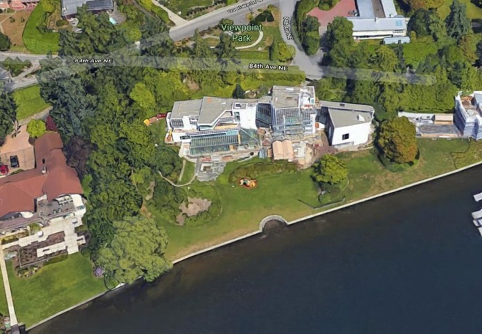 MOGUL MANSIONS: From Elon Musk to Jeff Bezos, here are the homes and
