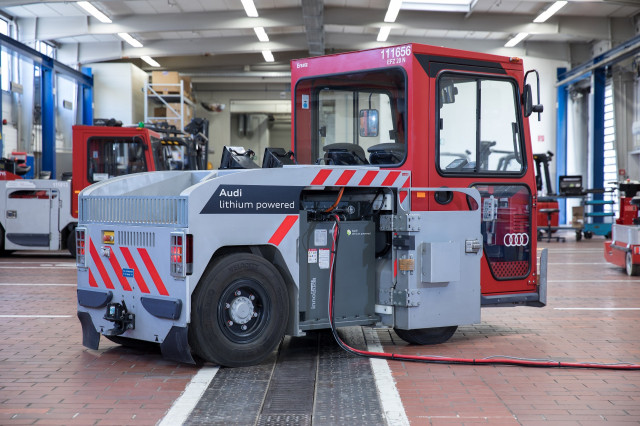 Audi factory tug uses recycled e-tron batteries