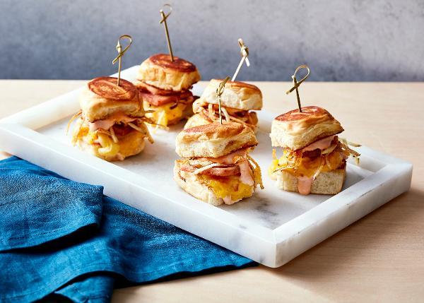 King's Hawaiian Breakfast Bungalow Brings Aloha Spirit to NYC at King's Hawaiian Breakfast Bungalow