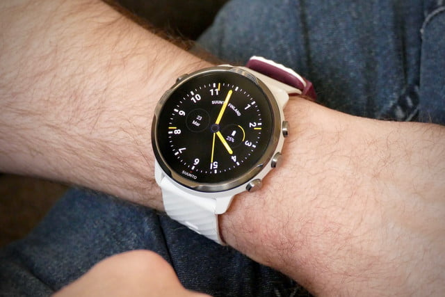 suunto 7 smartwatch review  trashed classic face