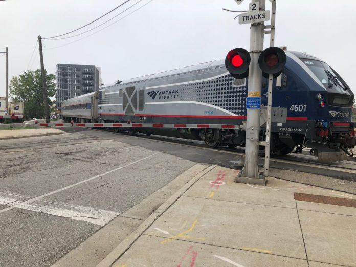 An Amtrak Hiawatha Service train crosses N. Plankinton Ave. near the Milwaukee Intermodal Station. Photo by Jeramey Jannene.