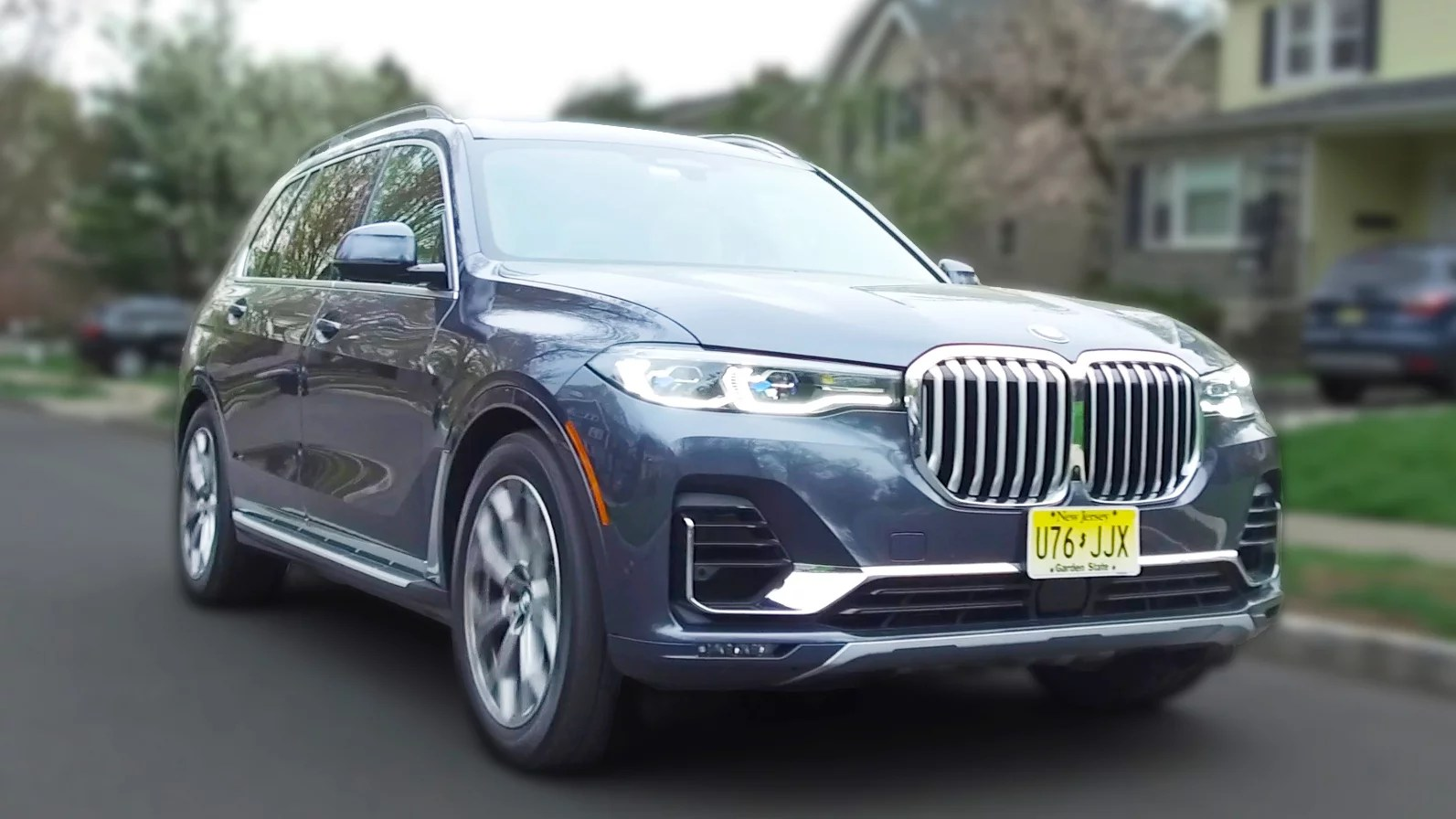 Real Reviews | Are The BMW X7 Tech Features Helpful Or Gimmicky?