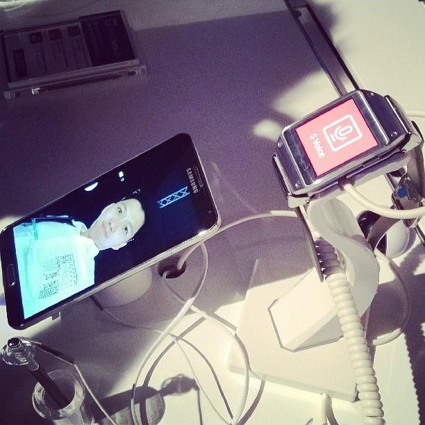 Galaxy Note 3 and Galaxy Gear