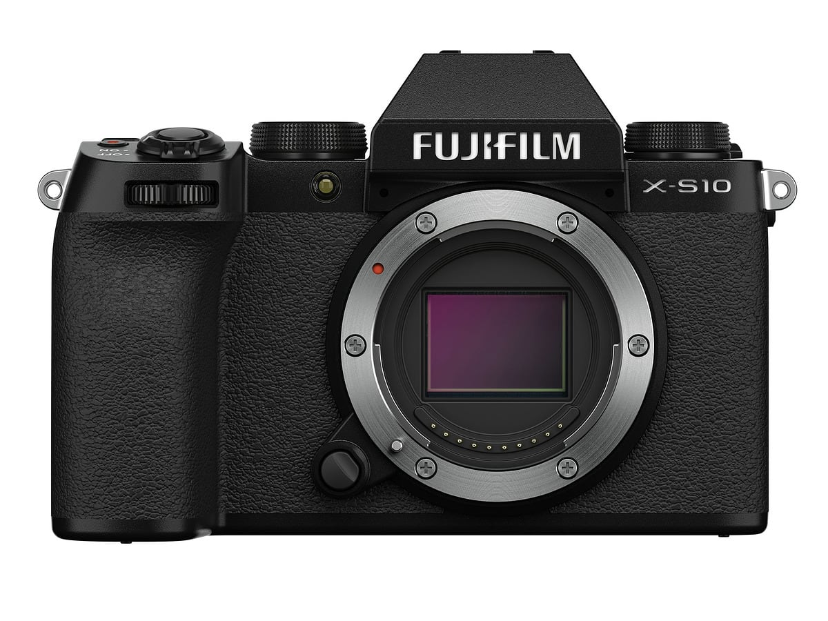 Official Fujifilm X-S10: 5-axis mirrorless mid-range, priced at $ 1000