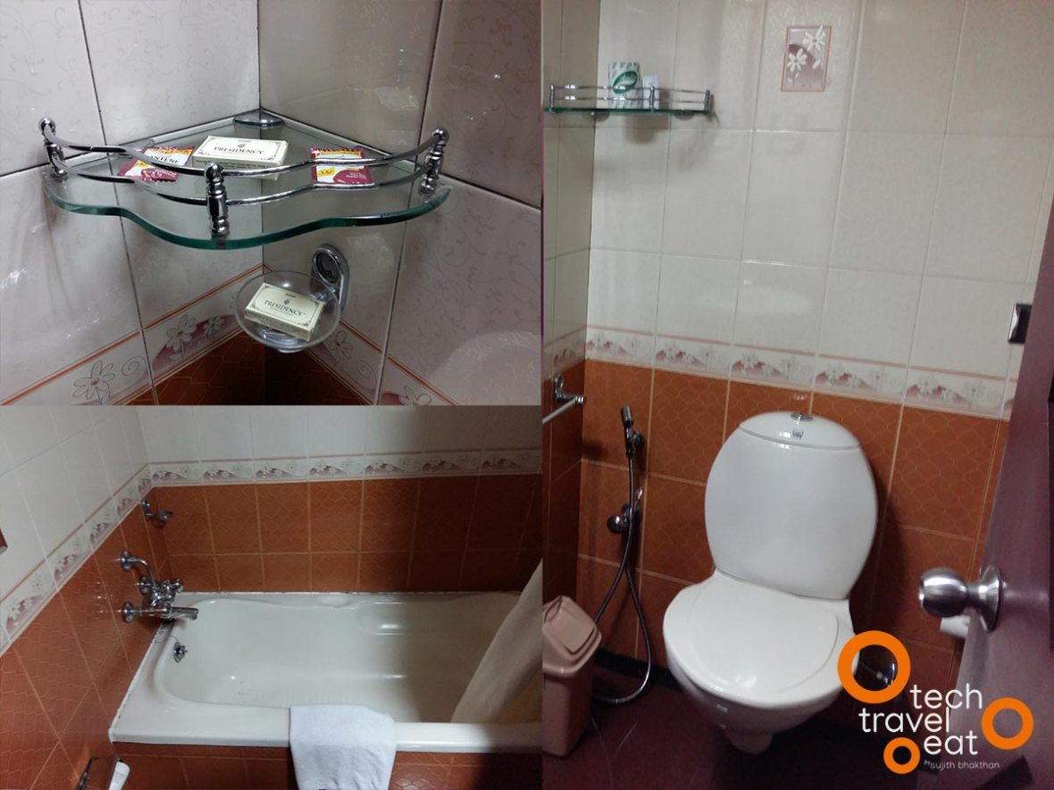 hotel-presidency-ernakulam-bathroom