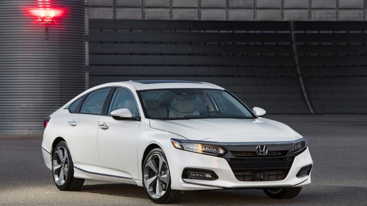 208-Honda-Accord-White