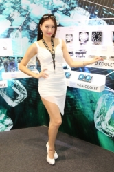 Computex2014-Booth-babes-P124
