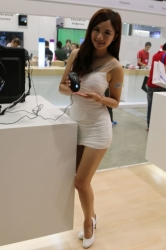 Computex2014-Booth-BabesP256