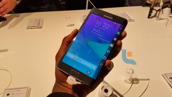 Samsung Galaxy Note Edge Techweez 4P