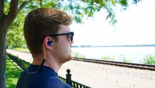 Modular headset allows you to replace damaged parts