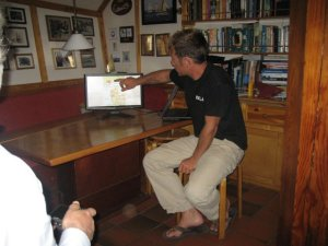 Captain Gijs explaining the sailing plan for tomorrow