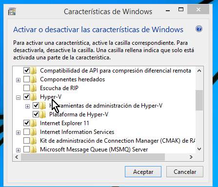 Carpeta Hyper-V de las características de Windows en cómo habilitar máquinas virtuales de 64-bit para VirtualBox en Windows 8